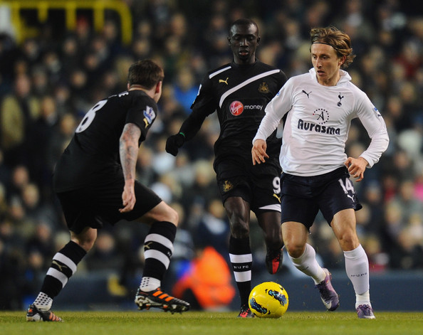 EPL 2013 - Tottenham Hotspur vs. Newcastle United - 12Tipster